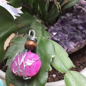 Stone wire-wrapped pendant